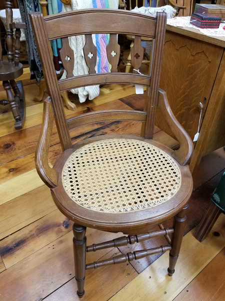 Super Vintage Desk Vanity Chair Gmtry Best Dining Table And Chair Ideas Images Gmtryco